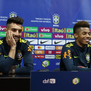 Treino no estádio do Boa Vista no Porto. Coletiva Alex Telles e David Neres