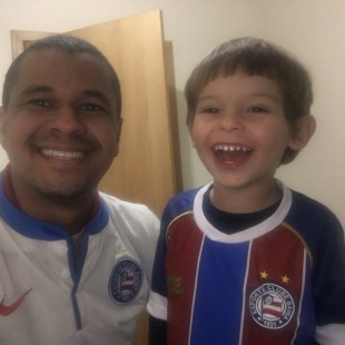 Emerson Franco torce para o Bahia e se uniu ao time do Voluntário Verde e Amarelo