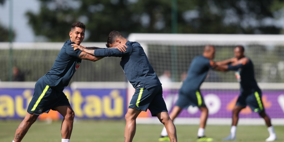Treino no CT do Tottenham, na Inglaterra