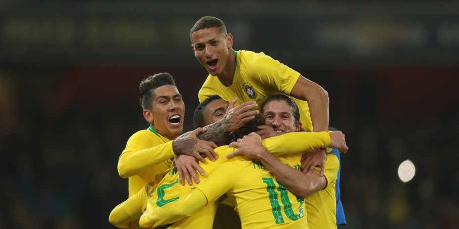 Brasil x Uruguai no Estádio do Arsenal. Gol Richarlison Firmino Filipe Luís