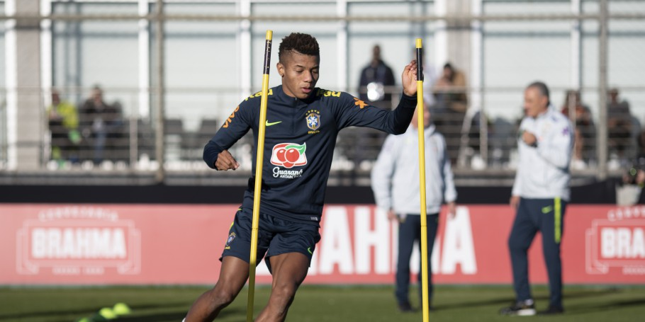 Treino no CT do Grêmio. David Neres