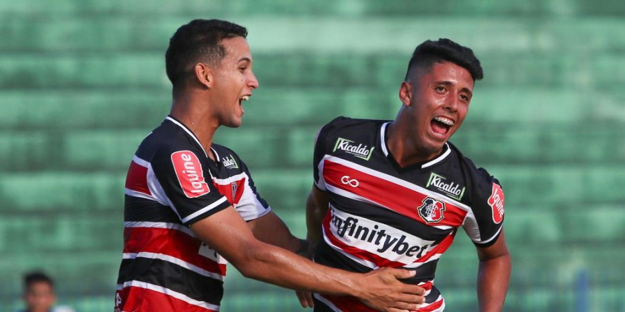 Goleada sobre o CSA-AL mantém o Santa Cruz com chances de classificação