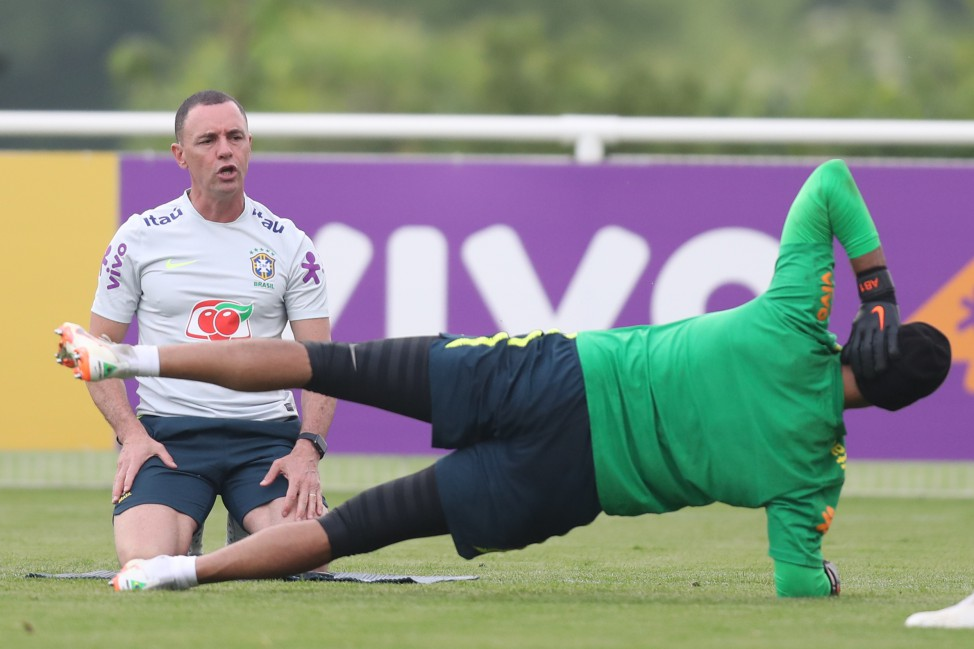 Treino no CT do Tottenham - Ricardo Rosa